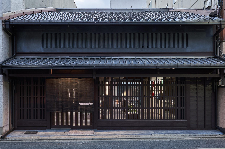 (注:町屋是日本傳統建筑的一種,指門口臨街,可用作店面或工作室等商業