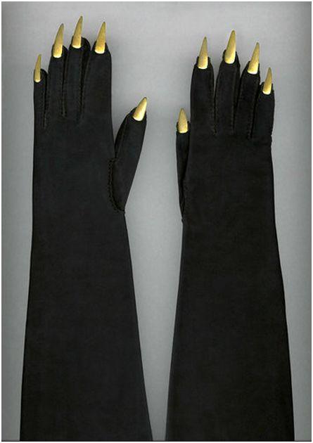 schiaparelli 1936  gloves