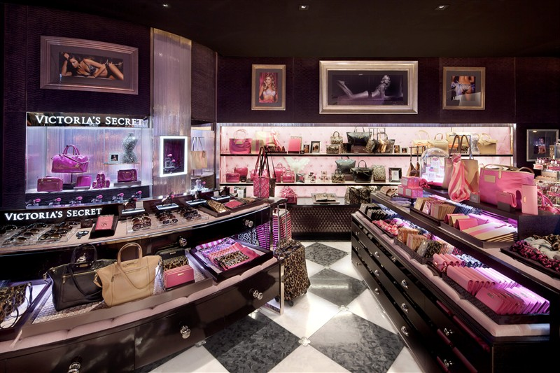the-angels-are-in-town-victorias-secret-opens-in-hong-kong_1