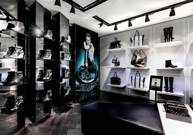 Karl Lagerfeld concept store3