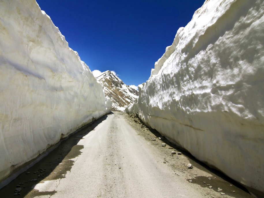 manali-leh-highway-india-few-travelers-actually-take-the-manali-leh-highway-to-get-to-either-of-the-cities