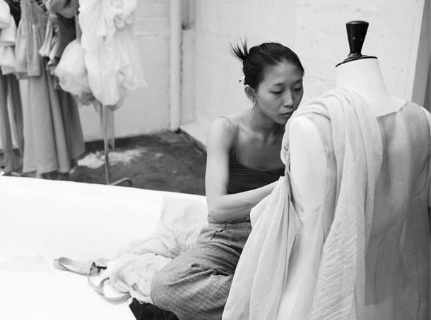 殷亦晴-巴黎高定时装周最新作品及5季回顾