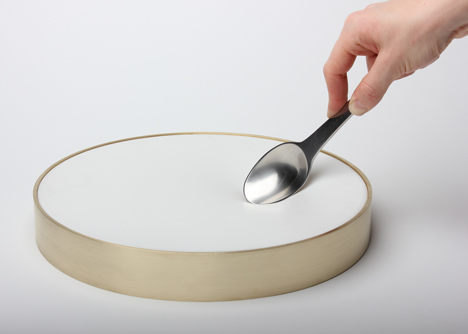 dezeen_tableware_james_stoklund_plate_1