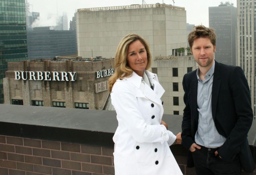 Burberry CEO 离职加盟苹果,创意总监接任