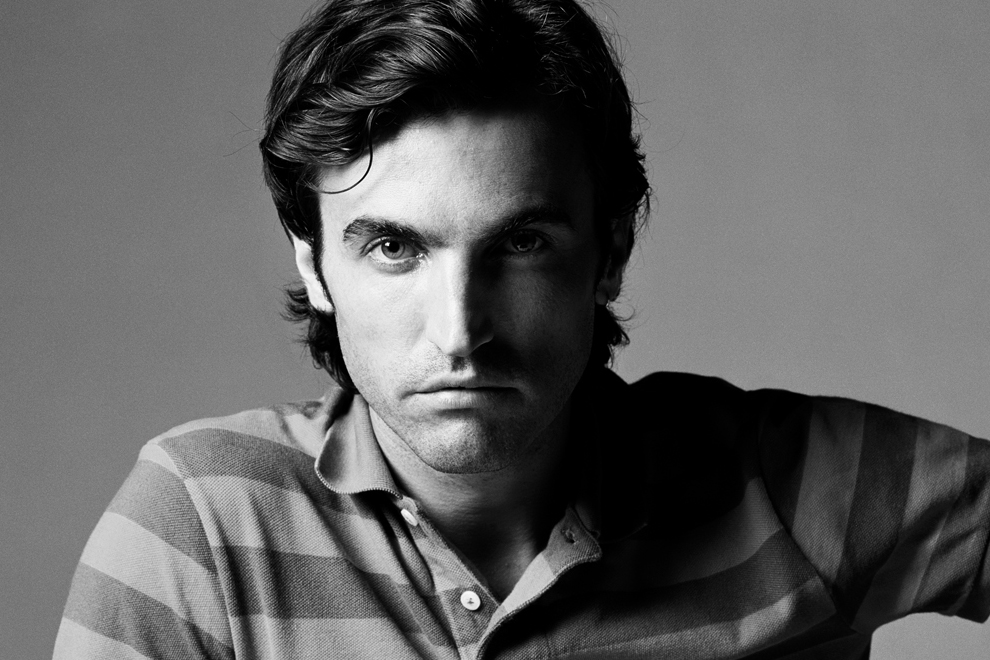 Louis Vuitton 聘请 Nicolas Ghesquière 为女装部新任艺术总监