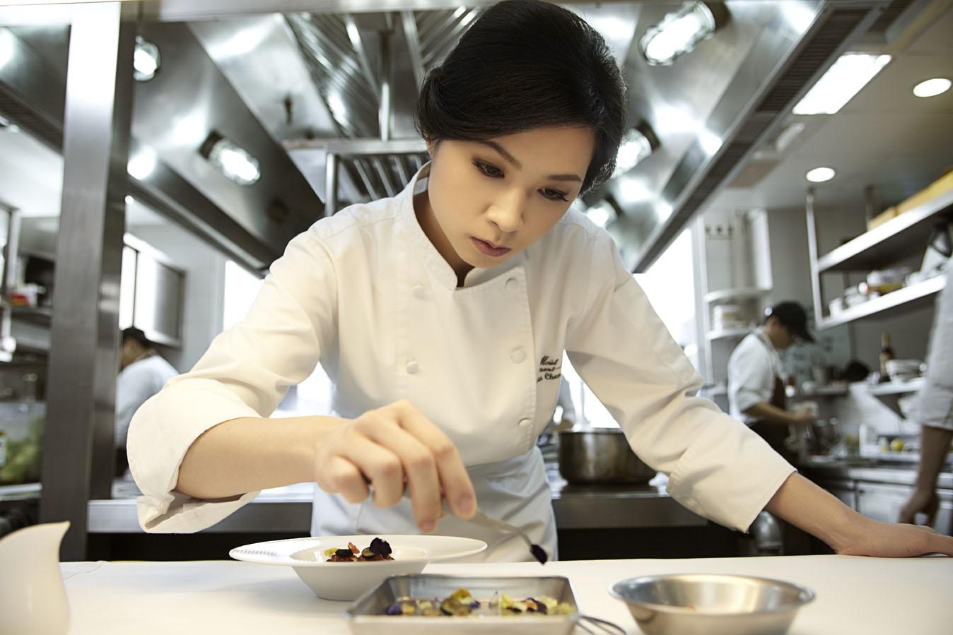 台湾美女主厨荣获2014年亚洲最佳女厨师称号
