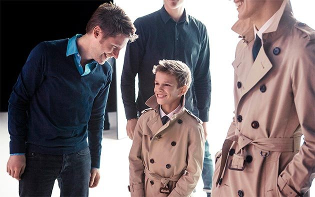 romeo-beckham-burberry-behind-the-scenes-new-campaign-19-12-12-jpg_095520