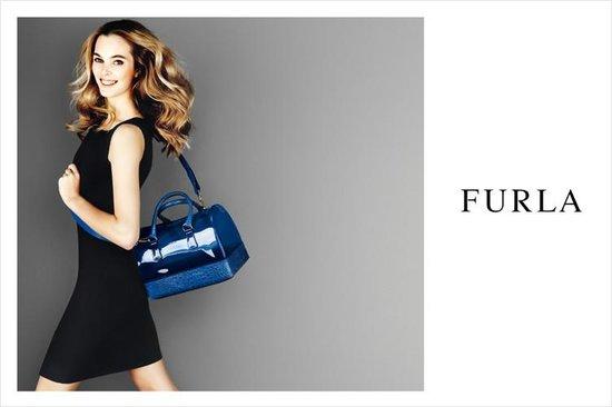 电商、机场店助力 Furla 2013年有机增长 14.5%