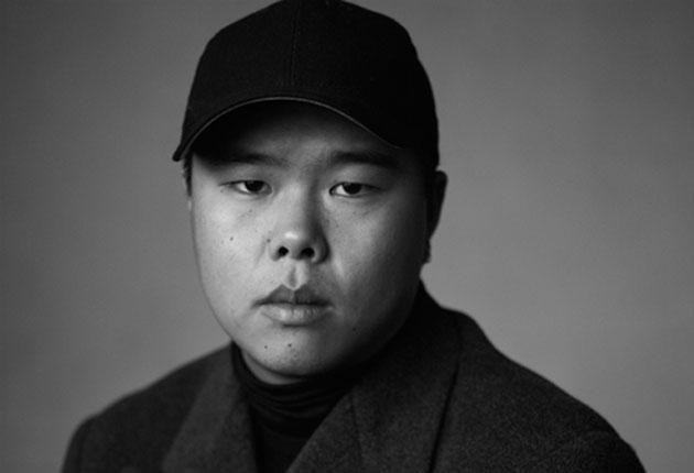 LVMH 青年设计师大奖赛候选人名单出炉,华裔设计师李阳入选