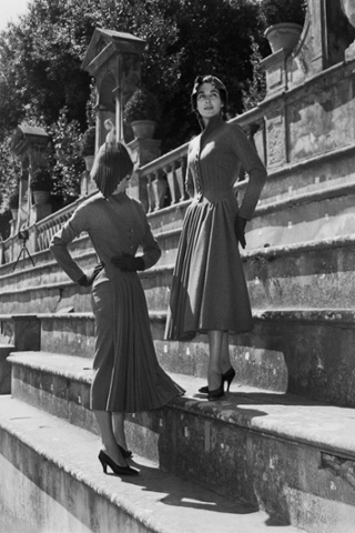 Models photographed in the Giardino di Boboli, Florence in July 1953