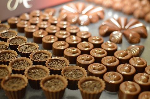 """甜蜜的暗战- 详解全球""""奢华巧克力""""产业格局"""