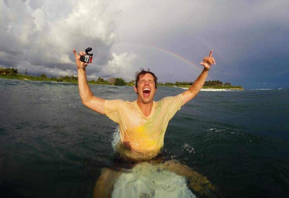 冲浪小子是如何玩出亿万身家的?GoPro 创始人成长历程看图说话