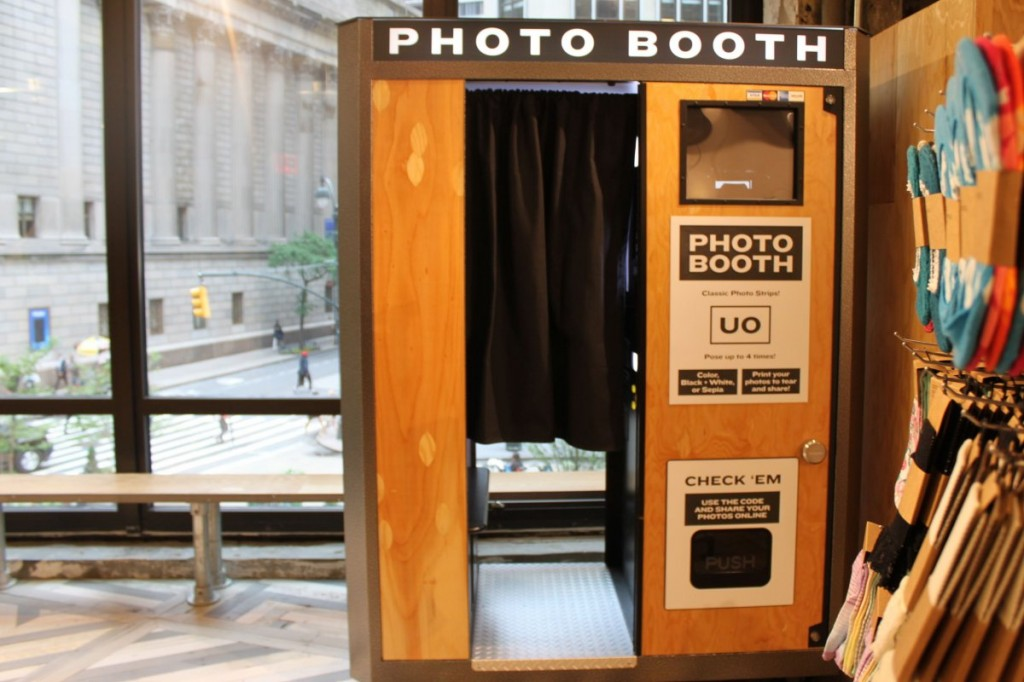theres-a-photo-booth-outside-the-dressing-rooms-for-snapping-pictures-of-your-outfits