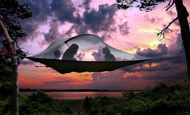 【华丽之选】把帐篷吊起来!Tentsile 吊床帐篷让野营更酷炫