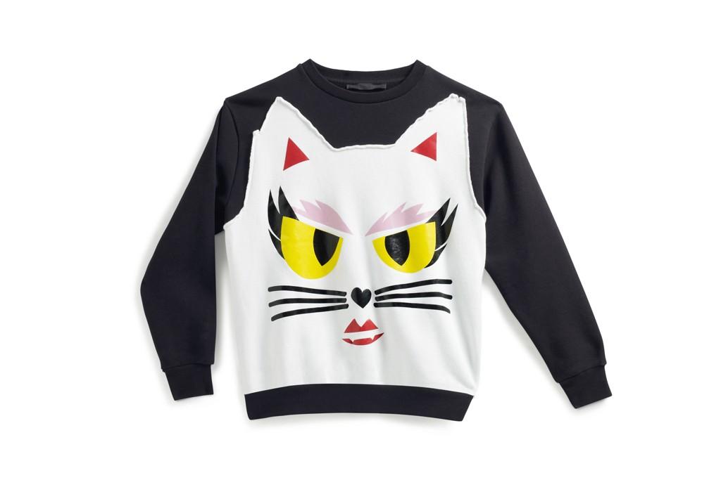 老佛爷以爱猫为缪思推出系列服饰和图书