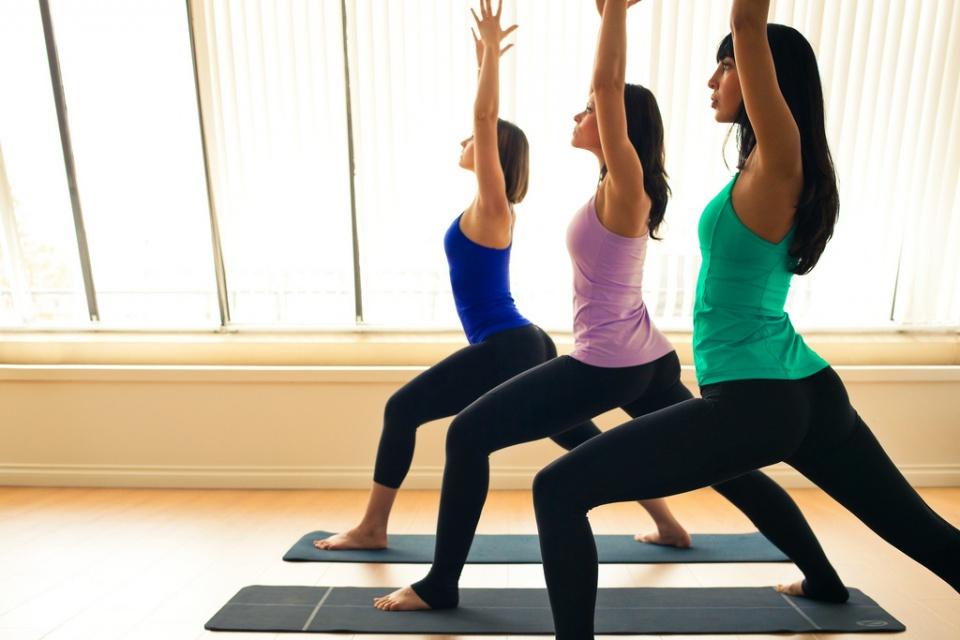 lululemon-yoga-pants-see