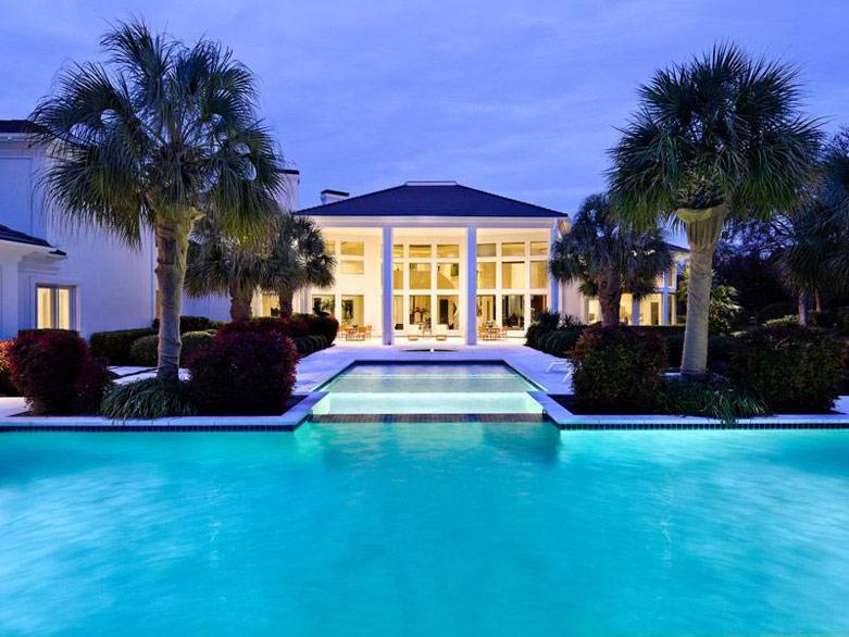 2014年全球最新富豪房产消费调查报告