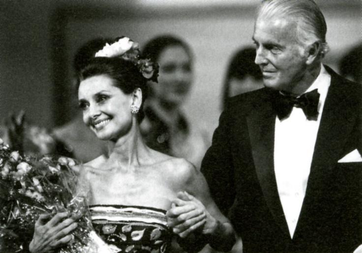 西班牙博物馆举行首次 Givenchy回顾展
