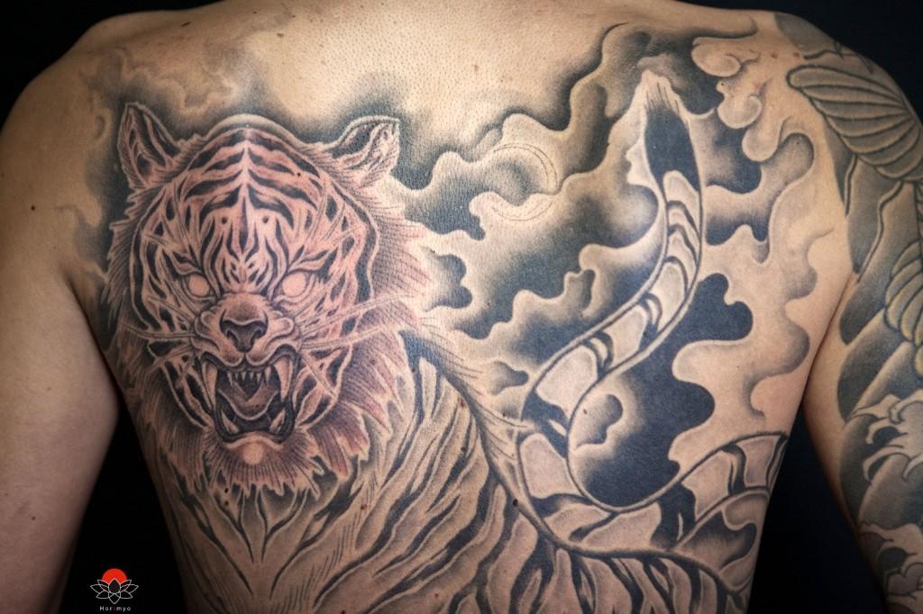 Horimyo-Japanese-Tattoo-Artist-2012-07-008