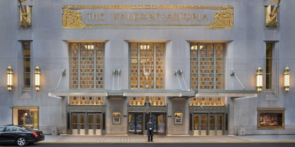 waldorf-astoria-park-avenue-entrance