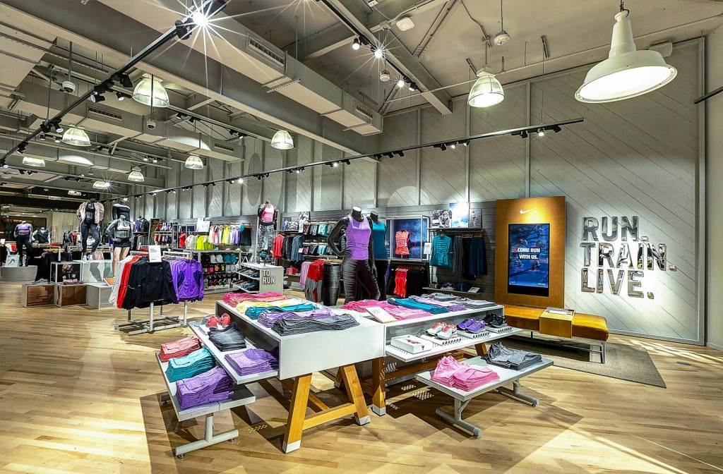 Nike-Opens-up-Womens-Only-Store-With-Fitness-Studio-in-Newport-Beach-1-1024x672