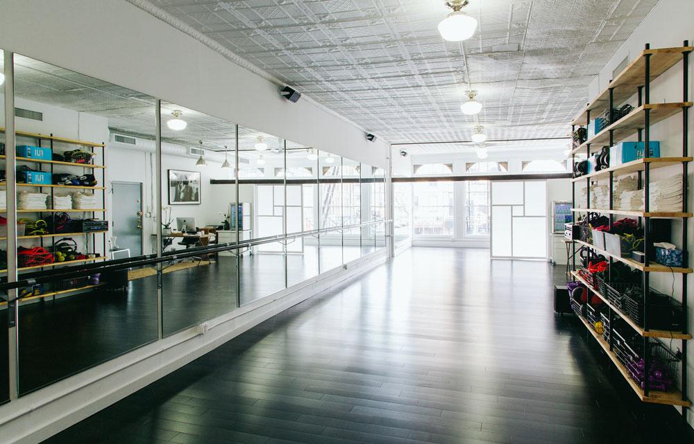 定制化健身潮流来袭 – 探秘拥有维密教练的ModelFIT工作室