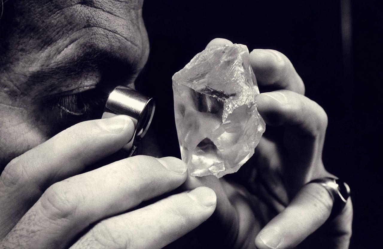 中国动摇印度的全球钻石抛光老大地位