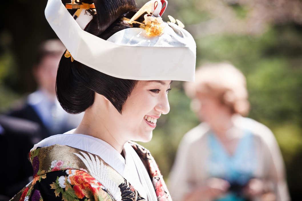 """一个人的婚礼也很精彩 日本旅行社推出""""单身婚礼""""套餐"""