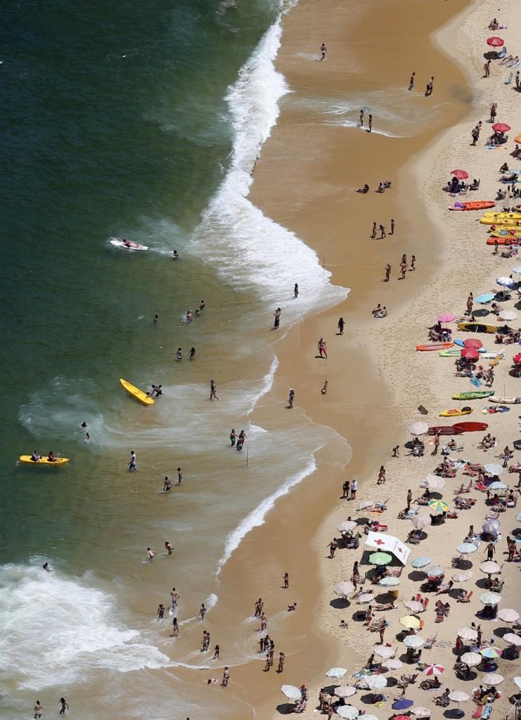 a-general-view-of-vermelha-beach-is-seen-in-rio-de-janeiro-november-21-2014