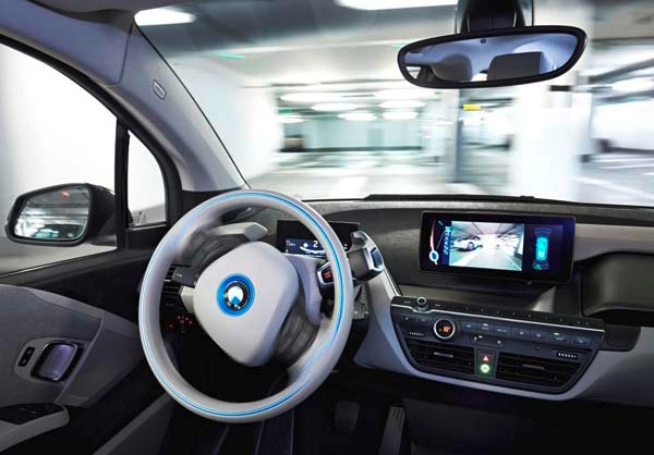 bmw-remote-active-parking-assistant-autonomous-steering2-600-001