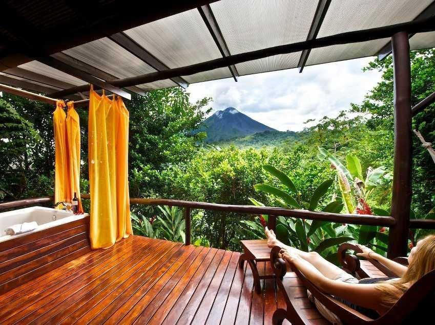 2-nayara-hotel-spa-and-gardens-la-fortuna-de-san-carlos-costa-rica