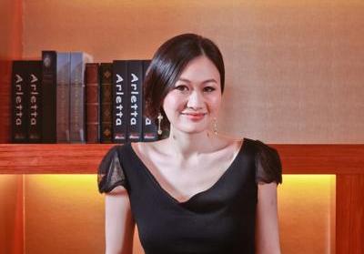 【华丽创业志】华尔街美女银行家 跨境打造男装定制O2O