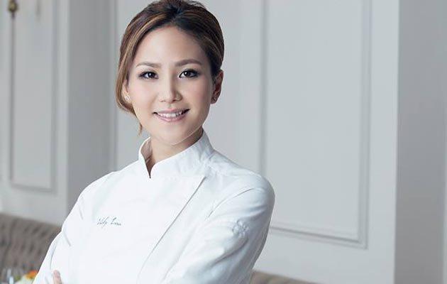 """香港美女大厨凭""""美食故事""""成为亚洲最佳女厨"""