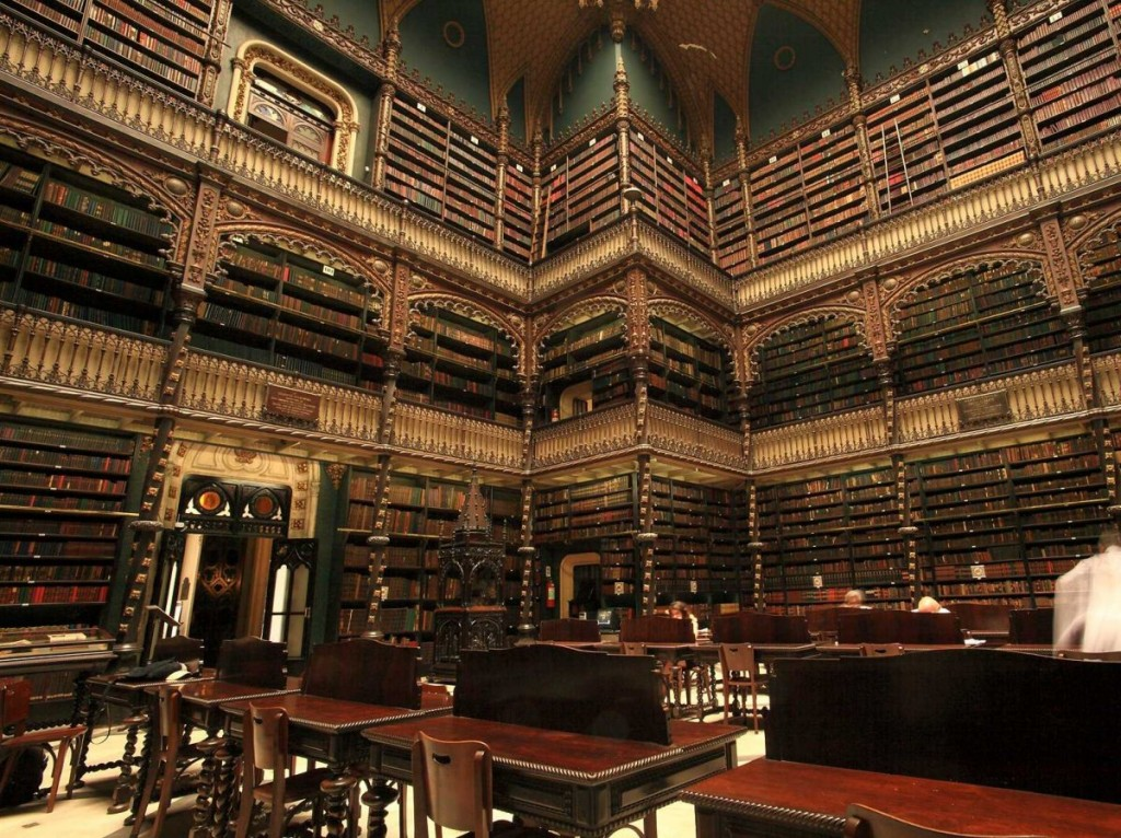 most-beautiful-libraries-from-around-the-world-royal-portuguese-reading-room
