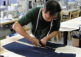 老裁缝后继无人,品质过硬的香港裁缝业濒临衰落