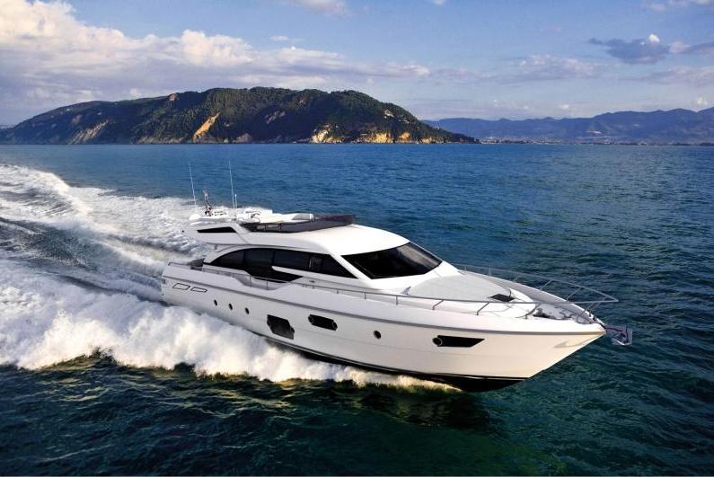 Ferretti-690-yacht