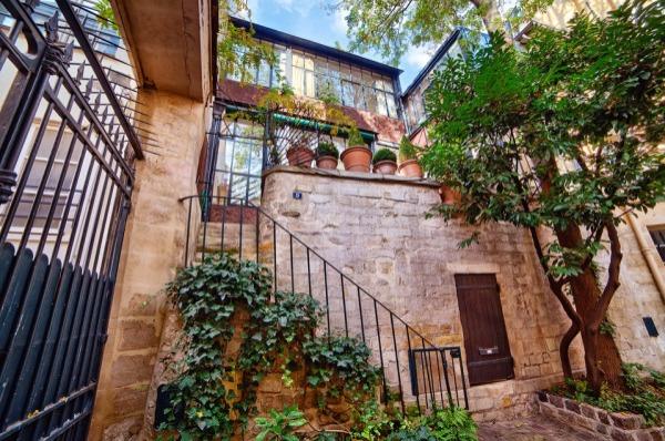 法国艺术家 Balthus 美丽的巴黎工作室售价900万美元