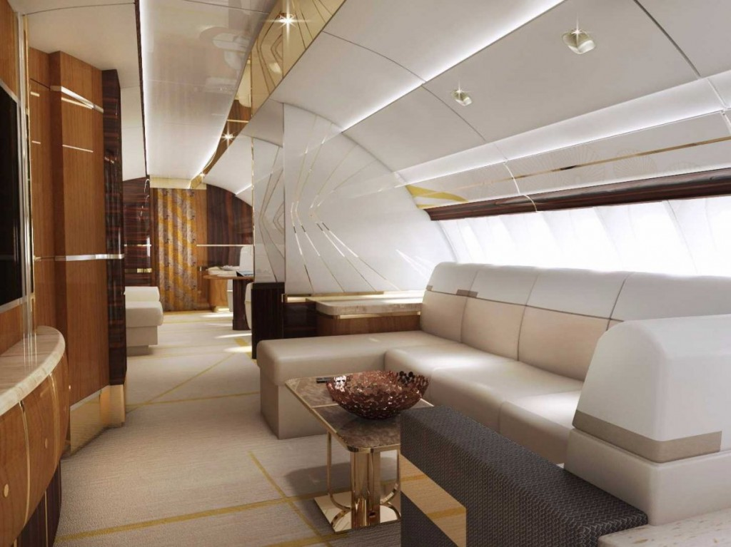 and-what-about-the-big-hump-on-top-of-the-747-8-theres-a-lounge-up-there-too