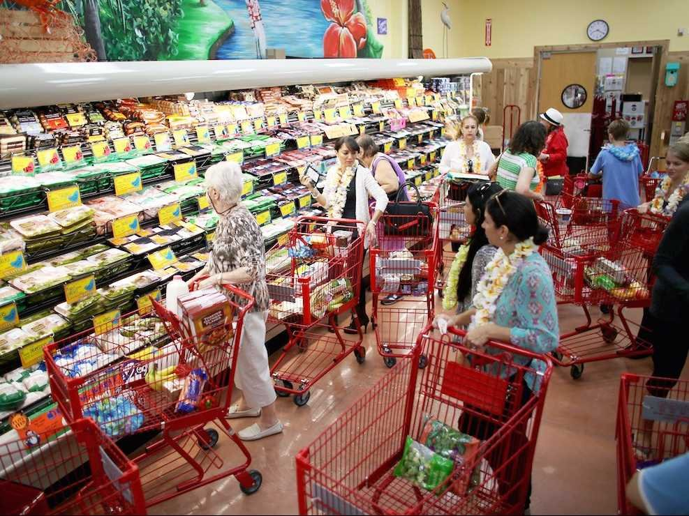 trader-joes-is-making-brand-names-in-food-obsolete