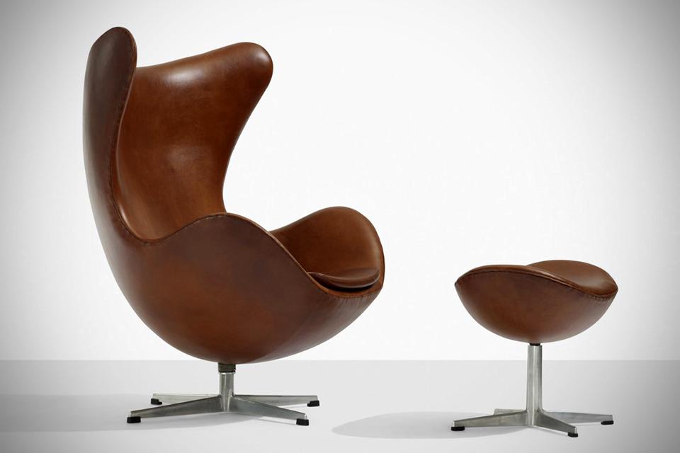 Arne-Jacobsen-Egg-Chair-image1
