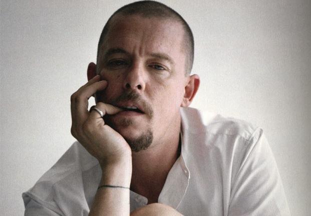 Alexander McQueen 头像可能出现在英国纸币上!