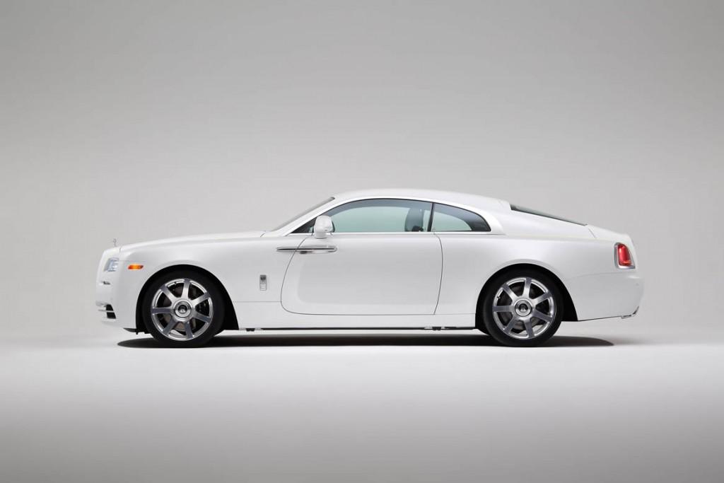 Rolls-Royce_Wraith_Inspired_by_Fashion