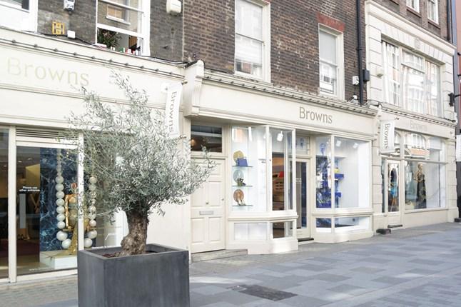 时尚电商新贵 Farfetch 收购英国经典买手店 Browns