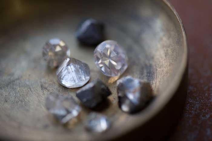 黑石集团投资 Stornoway 钻石开采公司