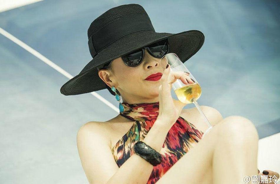 刘嘉玲将推出自己冠名的 Carina Lau 系列红酒