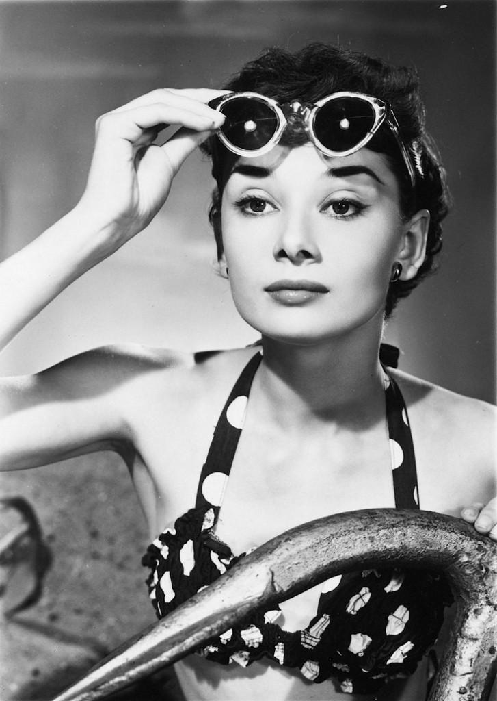 Audrey-Hepburn-by-Angus-McBean