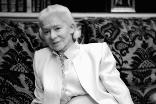 法国女装品牌 Carven 创始人 Marie-Louise Carven 去世,享年 105岁