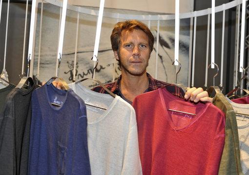 意大利末代王子推出个人T 恤品牌 Prince Tees