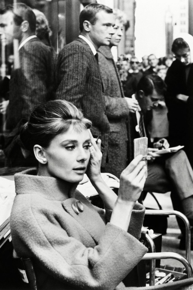 audrey-hepburn-on-set-breakfast-at-tiffanys-1961-portrait