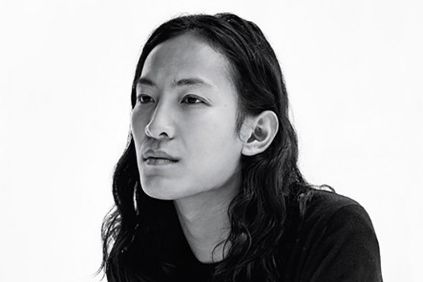 华裔设计师 Alexander Wang 去留 Balenciaga 成疑